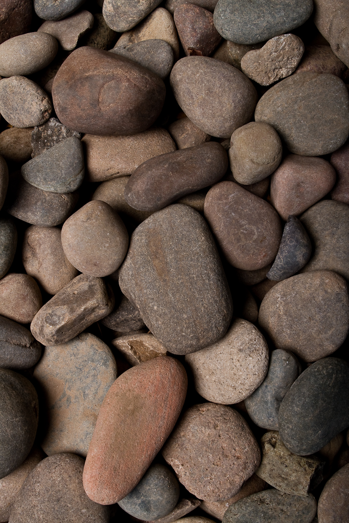 Wholesale decorative rock stone gravel boulders las for What to do with river rock